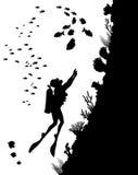 Σκιαγραφίες κατάδυσης και υποβρύχια ζωή Στοκ φωτογραφία με δικαίωμα ελεύθερης χρήσης