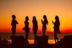 σκιαγραφίες κοριτσιών Στοκ εικόνες με δικαίωμα ελεύθερης χρήσης