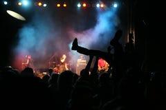 σκιαγραφίες μουσικής συναυλίας Στοκ εικόνες με δικαίωμα ελεύθερης χρήσης