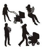 σκιαγραφίες οικογεν&epsilon Στοκ Εικόνες