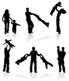 σκιαγραφίες προγόνων παιδιών Στοκ φωτογραφία με δικαίωμα ελεύθερης χρήσης