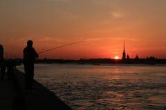 Σκιαγραφίες πόλεων στο ηλιοβασίλεμα Στοκ φωτογραφίες με δικαίωμα ελεύθερης χρήσης