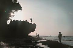 Σκιαγραφίες στην παραλία, Στοκ φωτογραφίες με δικαίωμα ελεύθερης χρήσης