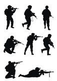 Σκιαγραφίες στρατιωτών Στοκ φωτογραφίες με δικαίωμα ελεύθερης χρήσης