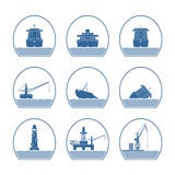 Σκιαγραφίες των σκαφών και των θαλασσίων δομών Στοκ Εικόνες