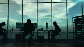 Σκιαγραφίες των χάκερ στην εργασία απεικόνιση αποθεμάτων