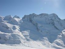 σκι βουνών Στοκ εικόνα με δικαίωμα ελεύθερης χρήσης