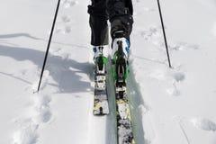 Σκι που περιοδεύει κοντά επάνω Στοκ Φωτογραφία