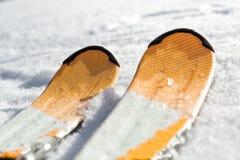 Σκι στο χιόνι Στοκ Φωτογραφία