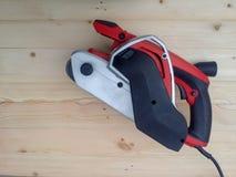 Σκονισμένο ηλεκτρικό sander στοκ φωτογραφία με δικαίωμα ελεύθερης χρήσης