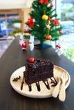 σκοτάδι σοκολάτας κέικ στοκ εικόνα