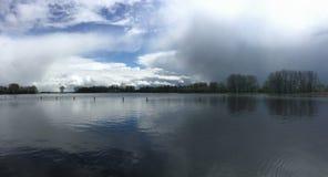 Σκοτεινά σύννεφα επάνω από το Potten Στοκ εικόνα με δικαίωμα ελεύθερης χρήσης
