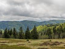 Σκοτεινά σύννεφα πέρα από Vosges Στοκ εικόνα με δικαίωμα ελεύθερης χρήσης