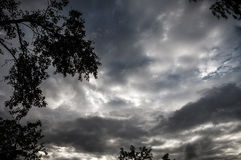 σκοτεινά thunderclouds Στοκ φωτογραφία με δικαίωμα ελεύθερης χρήσης