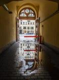 σκοτεινή πύλη παλαιά θόλος Isaac Πετρούπολη Ρωσία s Άγιος ST καθεδρικών ναών Στοκ εικόνες με δικαίωμα ελεύθερης χρήσης