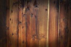 Σκοτεινή ωοειδής μορφή, ξύλινο υπόβαθρο επιτροπής, φυσικό καφετί χρώμα Στοκ εικόνα με δικαίωμα ελεύθερης χρήσης