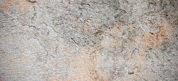 Σκοτεινός τοίχος ασβεστοκονιάματος με το βρώμικο ραγισμένο γρατσουνισμένο υπόβαθρο Παλαιός αναδρομικός τρύγος brickwall με την γκ στοκ φωτογραφίες