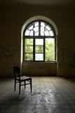 σκοτεινό παλαιό δωμάτιο σ Στοκ φωτογραφίες με δικαίωμα ελεύθερης χρήσης