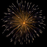 σκοτεινό πυροτέχνημα πέρα από τον ουρανό στοκ φωτογραφία με δικαίωμα ελεύθερης χρήσης