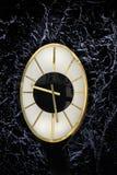 Σκοτεινό χρονικό ρολόι Στοκ φωτογραφία με δικαίωμα ελεύθερης χρήσης