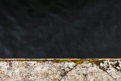 σκοτεινό ύδωρ Λοχ Νες, οχυρό Augustus, Σκωτία, UK Στοκ εικόνες με δικαίωμα ελεύθερης χρήσης