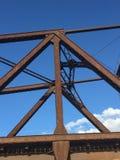 Σκουριασμένες ακτίνες σιδήρου μιας γέφυρας στο Μιλγουώκι Στοκ εικόνες με δικαίωμα ελεύθερης χρήσης
