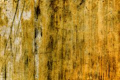 Σκουριασμένη κίτρινος-καφετιά κατασκευασμένη επιφάνεια μετάλλων στοκ φωτογραφίες με δικαίωμα ελεύθερης χρήσης