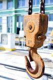 Σκουριασμένος γάντζος γερανών Στοκ εικόνα με δικαίωμα ελεύθερης χρήσης