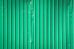 Σκουριασμένος γαλβανισμένος χάλυβας για το πράσινο υπόβαθρο σύστασης στοκ εικόνες με δικαίωμα ελεύθερης χρήσης