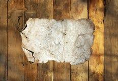 σκουριασμένος κασσίτερος πιάτων ανασκόπησης ξύλινος Στοκ Εικόνες