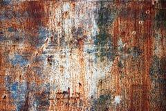 Σκουριασμένο μεταλλικό πιάτο με το shabby χρώμα, υπόβαθρο σύστασης σιδήρου Στοκ Εικόνα
