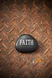 Σκουριασμένο υπόβαθρο βράχου πίστης Στοκ φωτογραφία με δικαίωμα ελεύθερης χρήσης