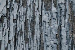 σκούρο μπλε αποφλοίωση χρωμάτων από τους ξύλινους πίνακες Στοκ εικόνα με δικαίωμα ελεύθερης χρήσης