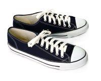 Σκούρο μπλε παπούτσια που απομονώνονται στο άσπρο υπόβαθρο Στοκ φωτογραφία με δικαίωμα ελεύθερης χρήσης