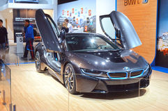 Σκούρο μπλε πολυτέλεια της BMW σαλονιών της Μόσχας διεθνής αυτοκινητική i8 Στοκ εικόνες με δικαίωμα ελεύθερης χρήσης