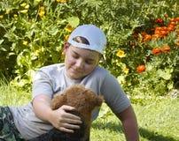 σκυλί αγοριών Στοκ εικόνα με δικαίωμα ελεύθερης χρήσης