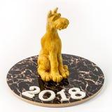 Σκυλί αριθμού Plasticine Σκυλί στο κινεζικό νέο έτος εορταστικό θέτοντας ι Στοκ φωτογραφία με δικαίωμα ελεύθερης χρήσης