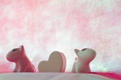 Σκυλί ζεύγους με την καρδιά Στοκ Εικόνα