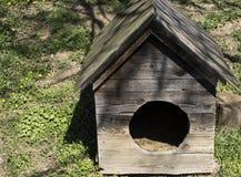 Σκυλόσπιτο στον τομέα Καρπάθια εκκλησία mts μικρή Ουκρανία δυτική Στοκ φωτογραφία με δικαίωμα ελεύθερης χρήσης