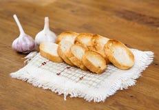 Σκόρδο και ψωμί Στοκ φωτογραφία με δικαίωμα ελεύθερης χρήσης