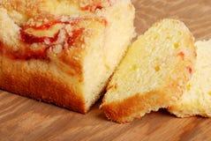 σμέουρο λιβρών κέικ που τ&eps Στοκ Εικόνες