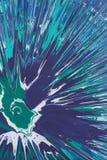Σμαραγδένιοι, μπλε, άσπροι παφλασμοί χρωμάτων ψεκασμού Στοκ Φωτογραφία