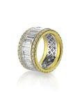 Σμαραγδένιο δαχτυλίδι καναλιών περικοπών διαμαντιών Στοκ εικόνες με δικαίωμα ελεύθερης χρήσης