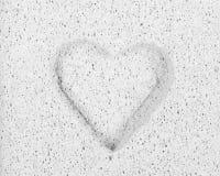 σμιλευμένη πέτρα καρδιών Στοκ Φωτογραφίες