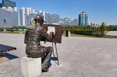 Σμιλεύστε τον καλλιτέχνη σε Astana στοκ εικόνες