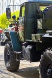 ΣΜΟΛΕΝΣΚ, ΡΩΣΙΑ - 3 ΜΑΐΟΥ 2018: Στρατιωτικός εξοπλισμός μπροστά από Στοκ Εικόνα