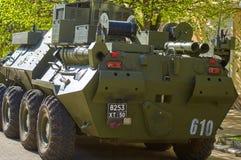 ΣΜΟΛΕΝΣΚ, ΡΩΣΙΑ - 3 ΜΑΐΟΥ 2018: Στρατιωτικός εξοπλισμός μπροστά από Στοκ Εικόνες