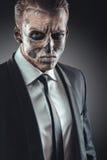 Σοβαρός σκελετός επιχειρηματιών πορτρέτου makeup Στοκ Φωτογραφίες