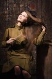 Σοβιετικός θηλυκός στρατιώτης σε ομοιόμορφο του Δεύτερου Παγκόσμιου Πολέμου Στοκ φωτογραφία με δικαίωμα ελεύθερης χρήσης
