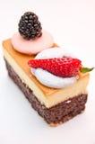σοκολάτα τυριών κέικ που διακοσμείται Στοκ φωτογραφίες με δικαίωμα ελεύθερης χρήσης